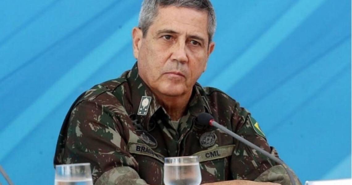 'Interventor' da crise, Braga Netto age para evitar dispensa de Mandetta e é alvo de ala ideológica