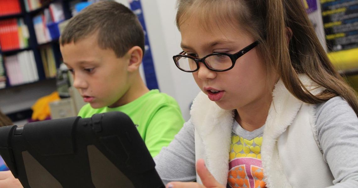 Ferramentas digitais auxiliam professores nas aulas a distância; veja dicas