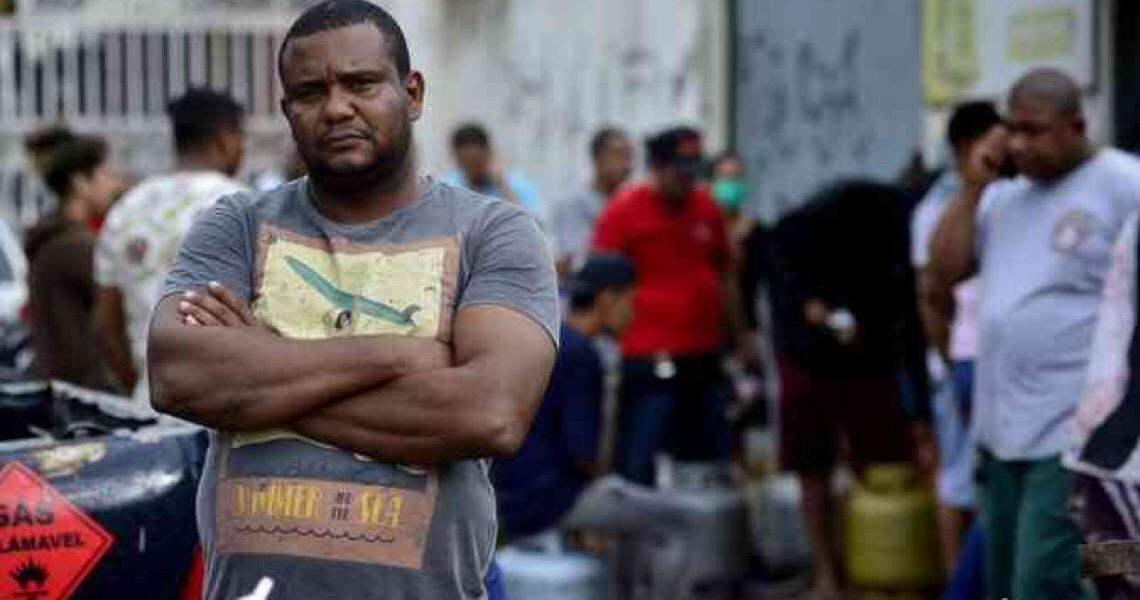 Proposta de auxílio financeiro de R$ 816 a famílias vulneráveis avança no DF