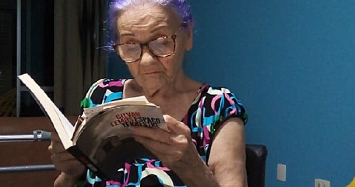 Tristeza, distância da família, mudança de casa: Os desafios da quarentena dos idosos