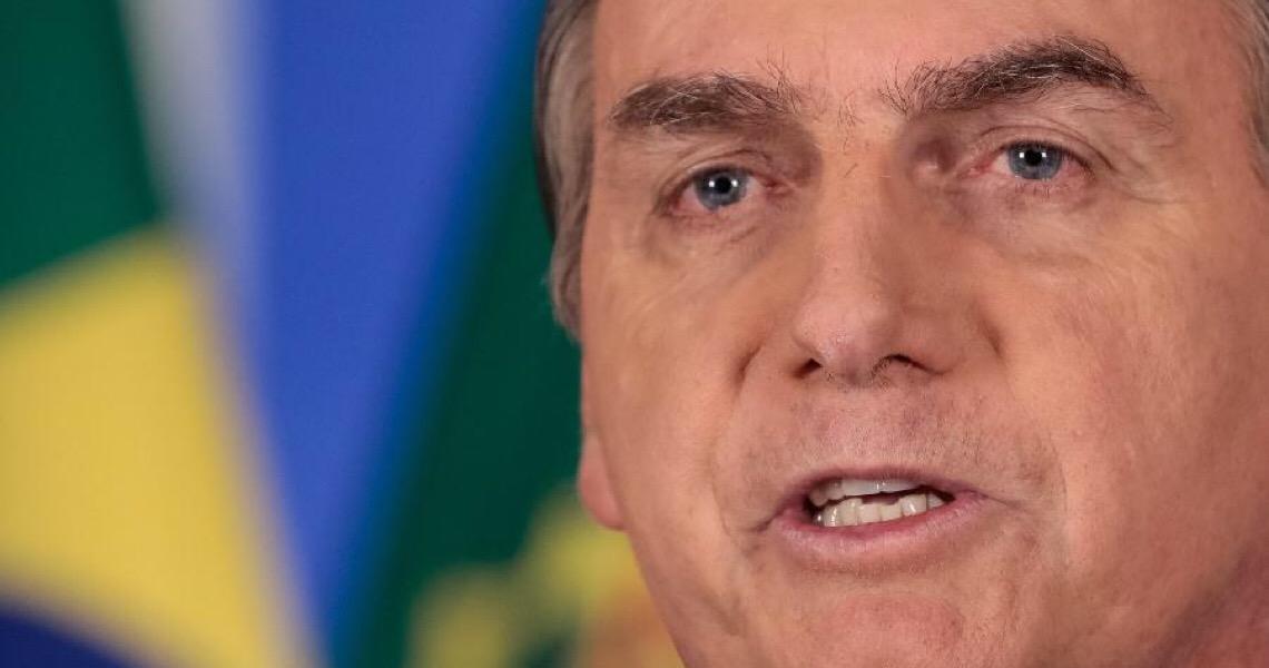 Machismo de Bolsonaro prejudica combate a covid-19, diz professor de Yale