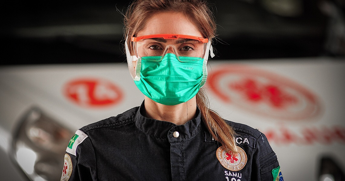 Gigantes da saúde: A luta dos profissionais contra o coronavírus