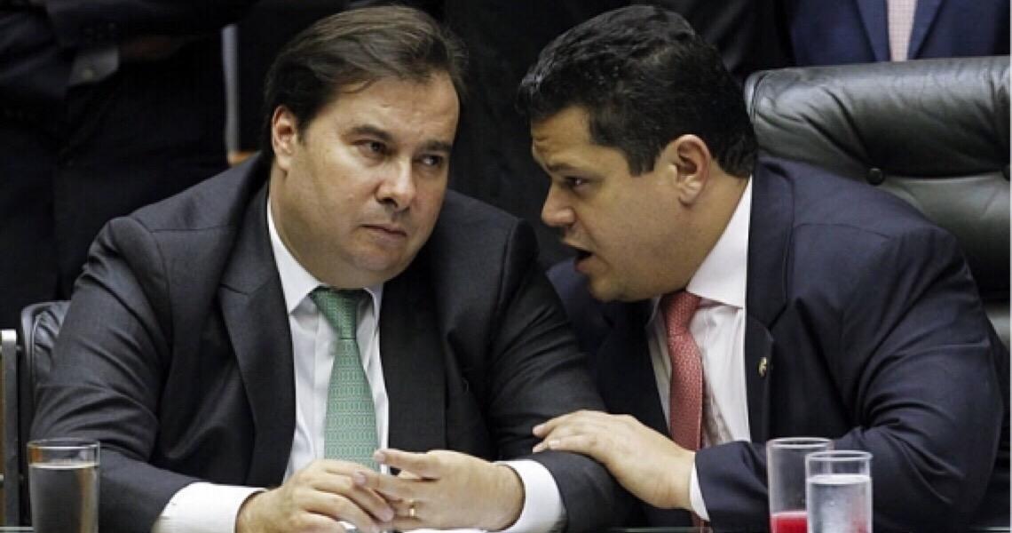 Senado retira da pauta MP Verde Amarelo e passa relatoria da proposta do governo para o PT