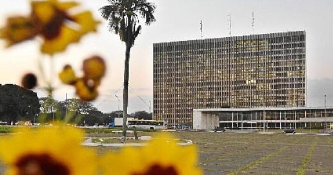 Câmara Legislativa do DF foca em ações contra a pandemia