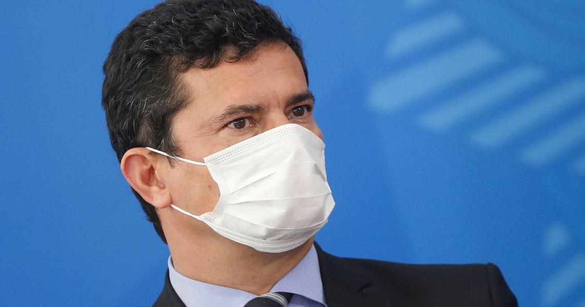 Jair Bolsonaro queima Sergio Moro