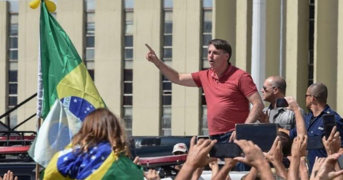 Bolsonaro no domingo revelou sua verdadeira face e ontem tentou apagar a imagem
