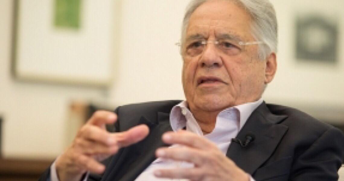 Chamar militares para o governo é sinal de fraqueza política de Bolsonaro, diz FHC