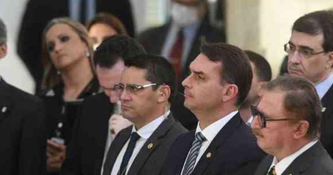 Discurso de Bolsonaro escancara que a família está acima de tudo