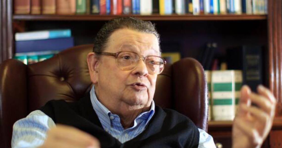 """''Querem cortar combustível do Posto Ipiranga"""", afirma Delfim Netto"""