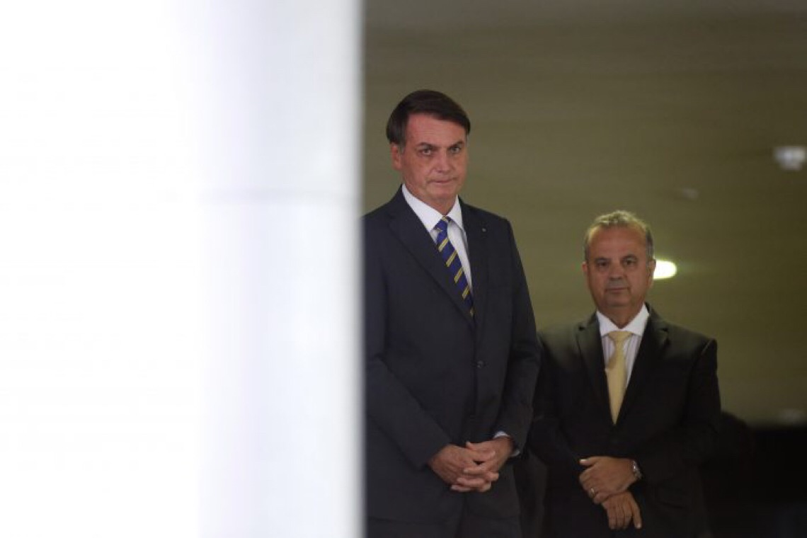 Brasil sem rumo de novo