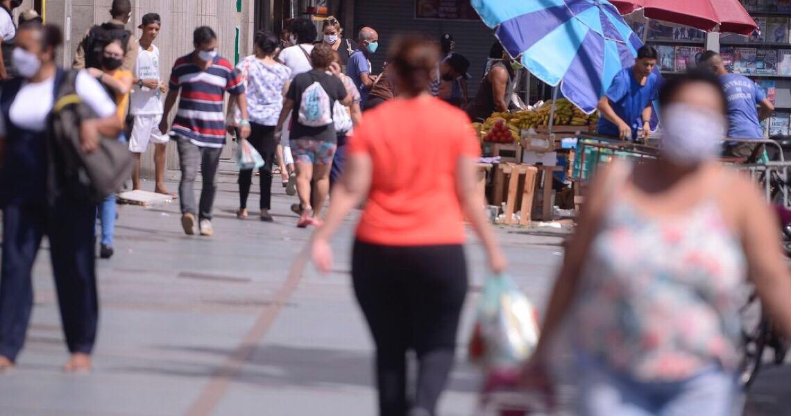 Covid-19: Brasil adota uso de máscaras como política de saúde pública