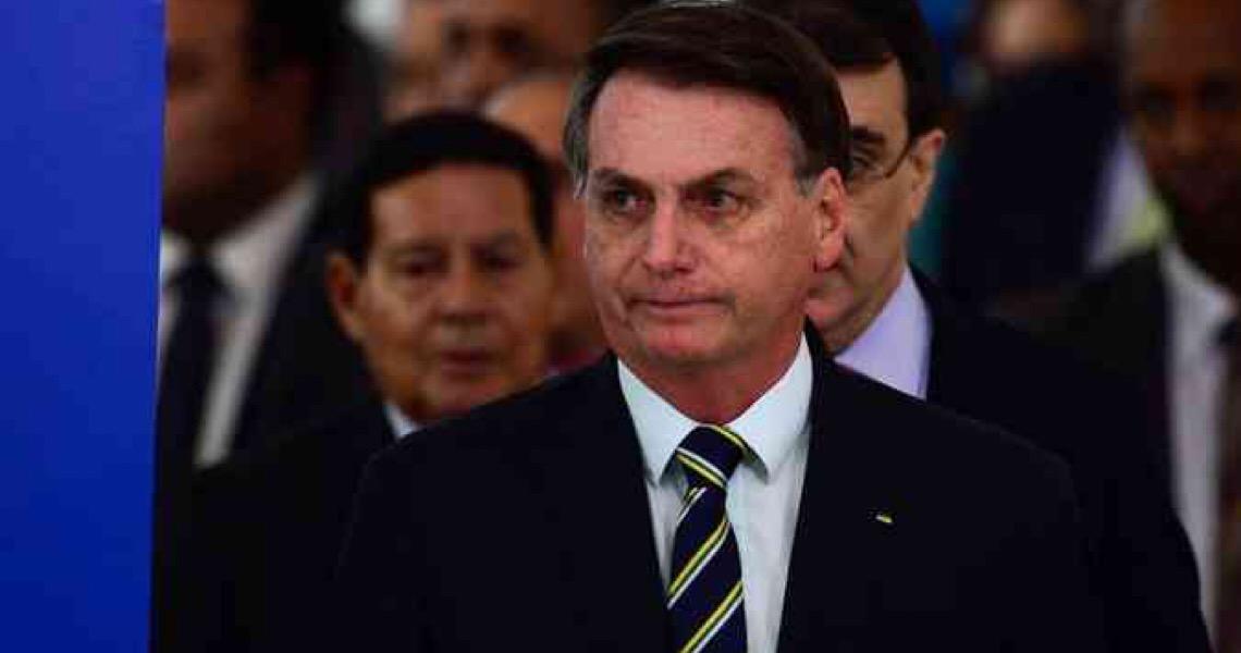 Bolsonaro desiste de churrasco no Alvorada e diz nas redes sociais que ação era 'fake'