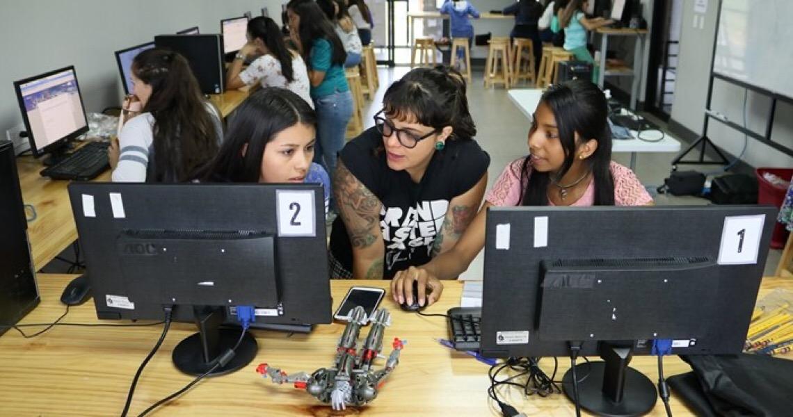 UNESCO abre inscrições para prêmio sobre educação de mulheres e meninas
