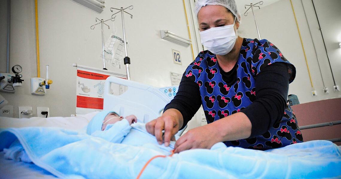 Semana da Enfermagem começa nesta terça-feira. Valorização dos profissionais será diferente este ano