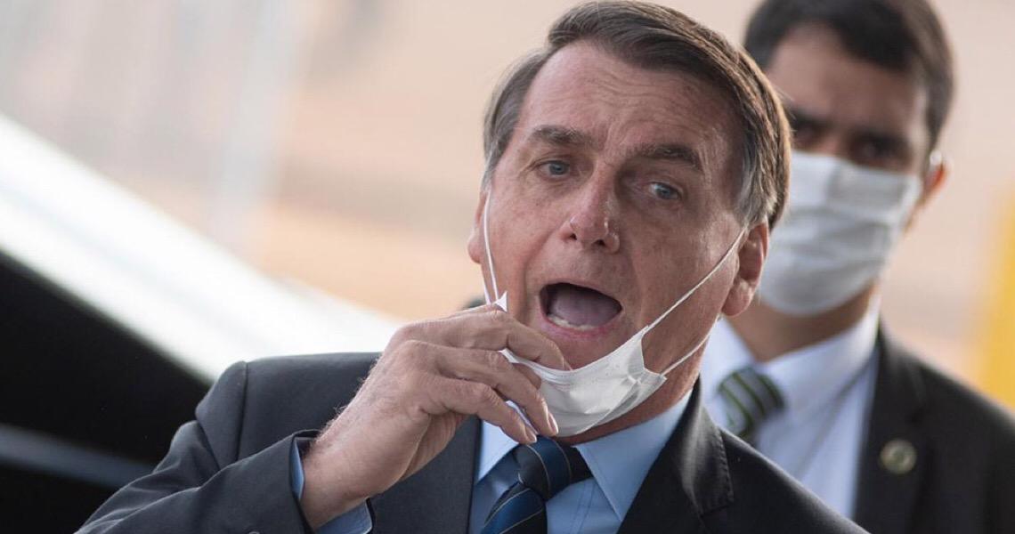 """""""Estão partindo para desobediência civil"""", dispara Bolsonaro a governadores"""