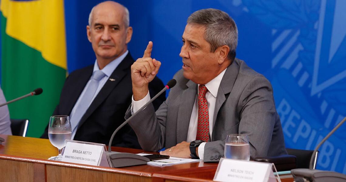 Destaque de ala militar em crises gera incômodo para Bolsonaro