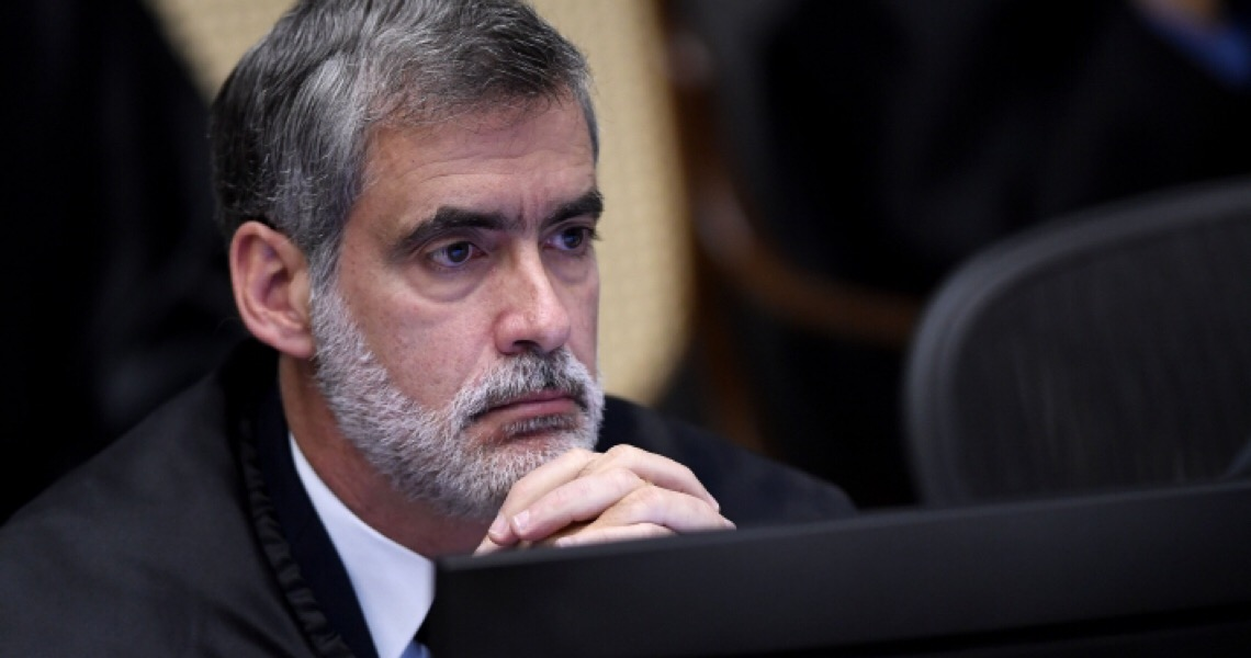 """Ministro do STJ critica """"necropolítica"""" de Bolsonaro e vê """"país desgovernado"""" na saúde"""
