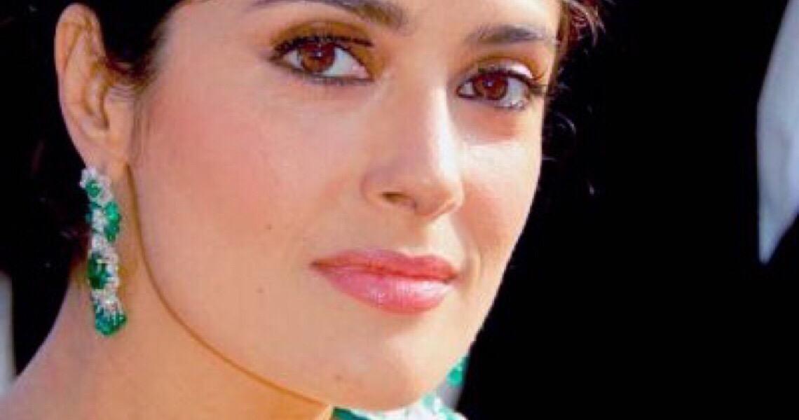 Salma Hayek lança campanha para combater violência doméstica durante quarentena