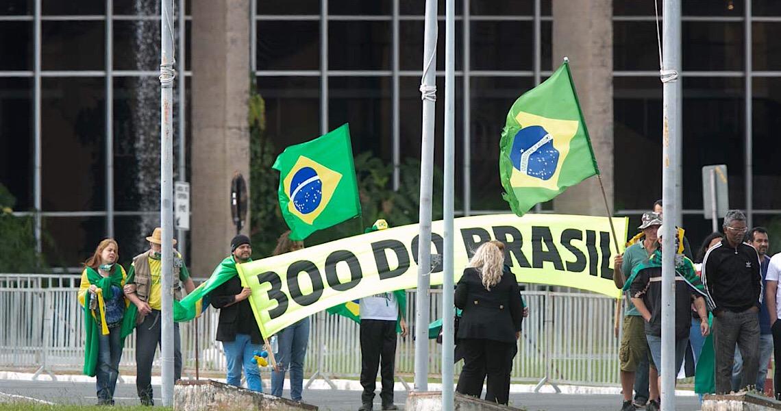 Com novos documentos, MP do DF volta a pedir fim do acampamento 300 do Brasil