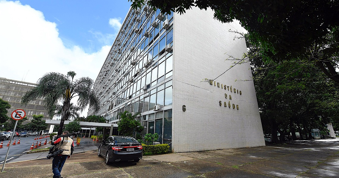 Secretário de ministério contraria Bolsonaro sobre imunidade de rebanho para combater Covid-19