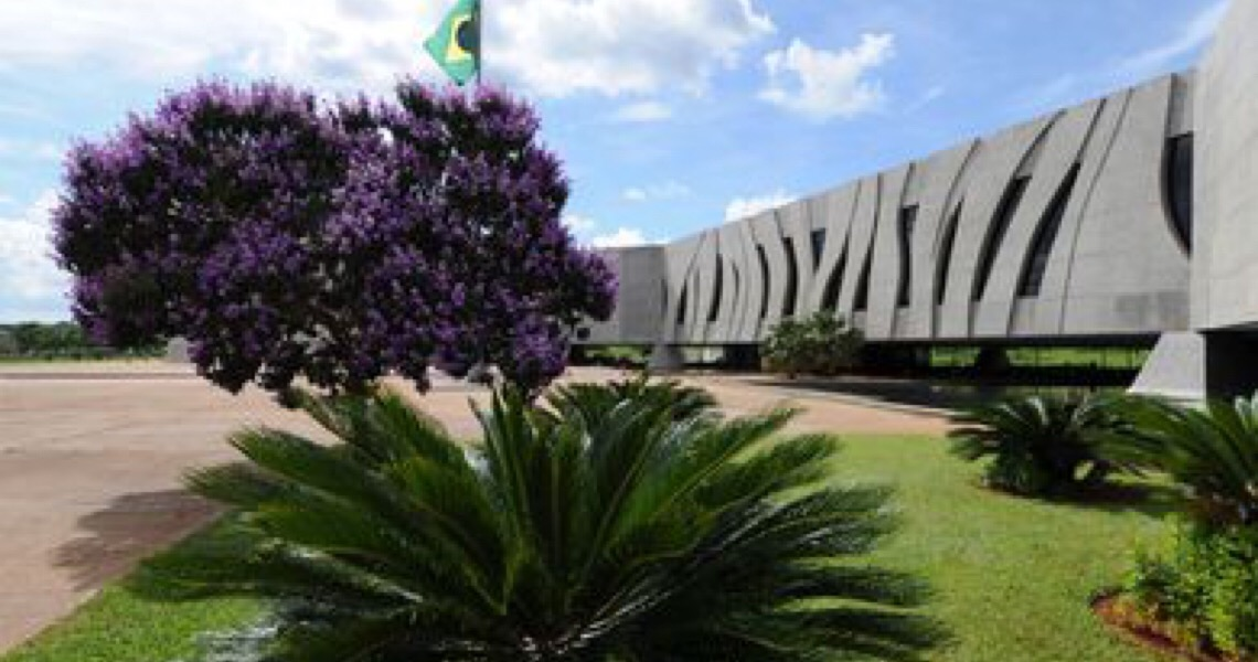 STJ autoriza irmãos Batista a reassumirem comando no grupo J&F