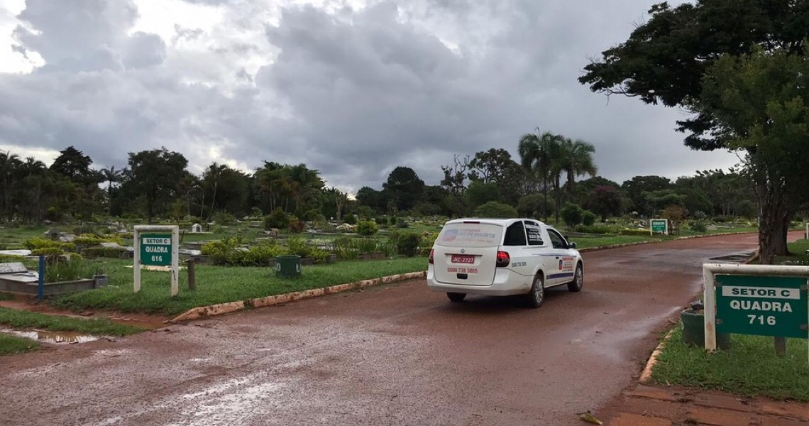 DF registra 178 enterros de casos confirmados ou suspeitos de Covid-19; governo confirma 132 mortes