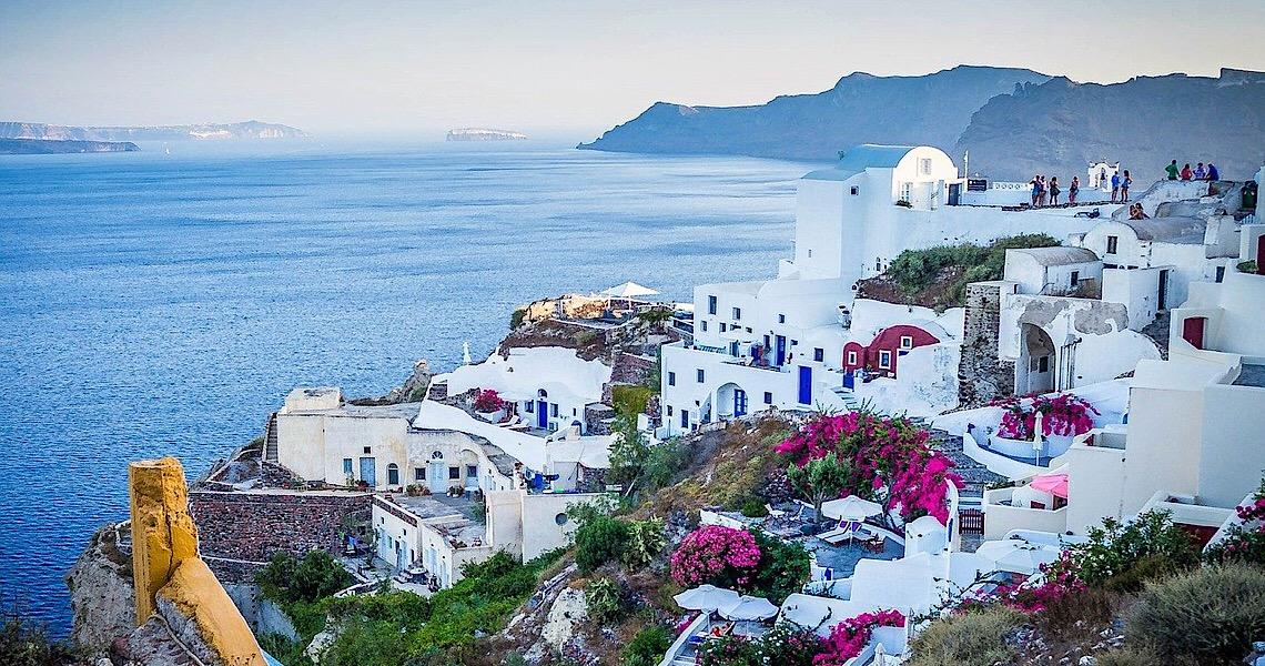 Grécia reabre turismo para 29 países; Brasil e EUA são vetados