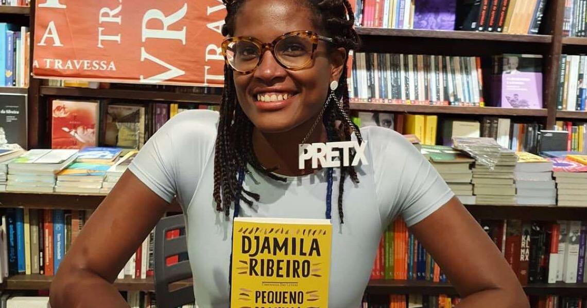 'Pequeno Manual Antirracista' de Djamila Ribeiro torna-se o livro mais vendido do Brasil