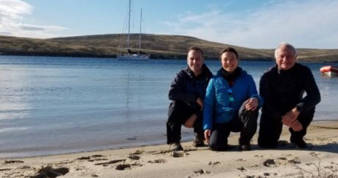 Família Schurmann adota lições do mar para enfrentar o distanciamento social e inspira brasileiros
