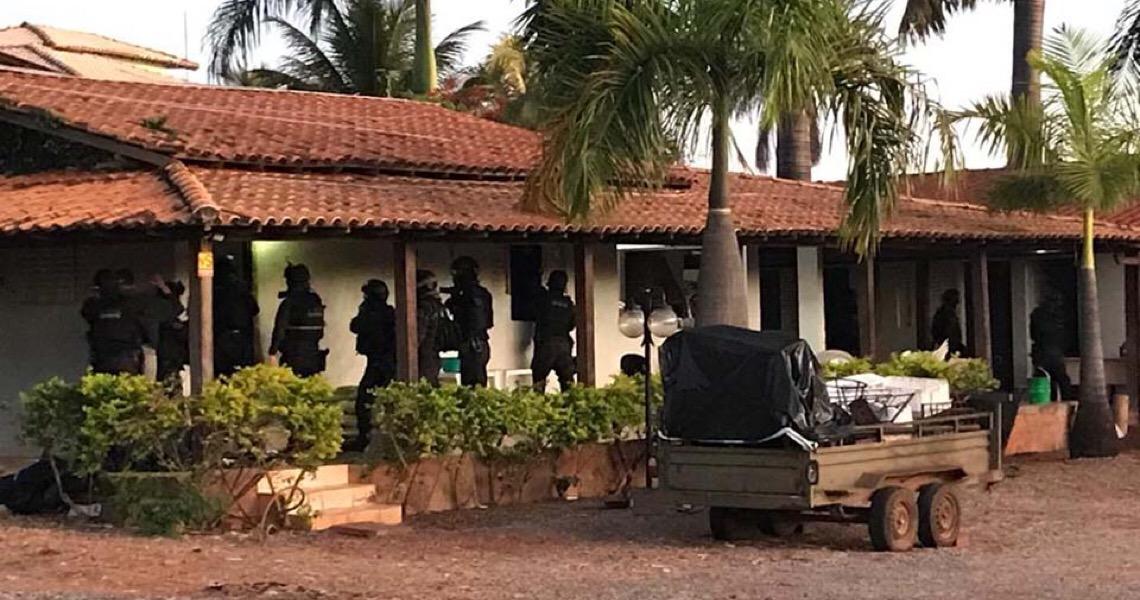 Polícia Civil do DF realiza busca e apreensão em QG de grupo bolsonarista