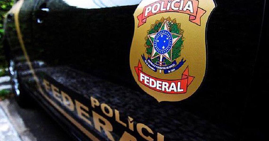 Operação da Polícia Federal mira esquema de desvio de cartões de crédito nos Correios