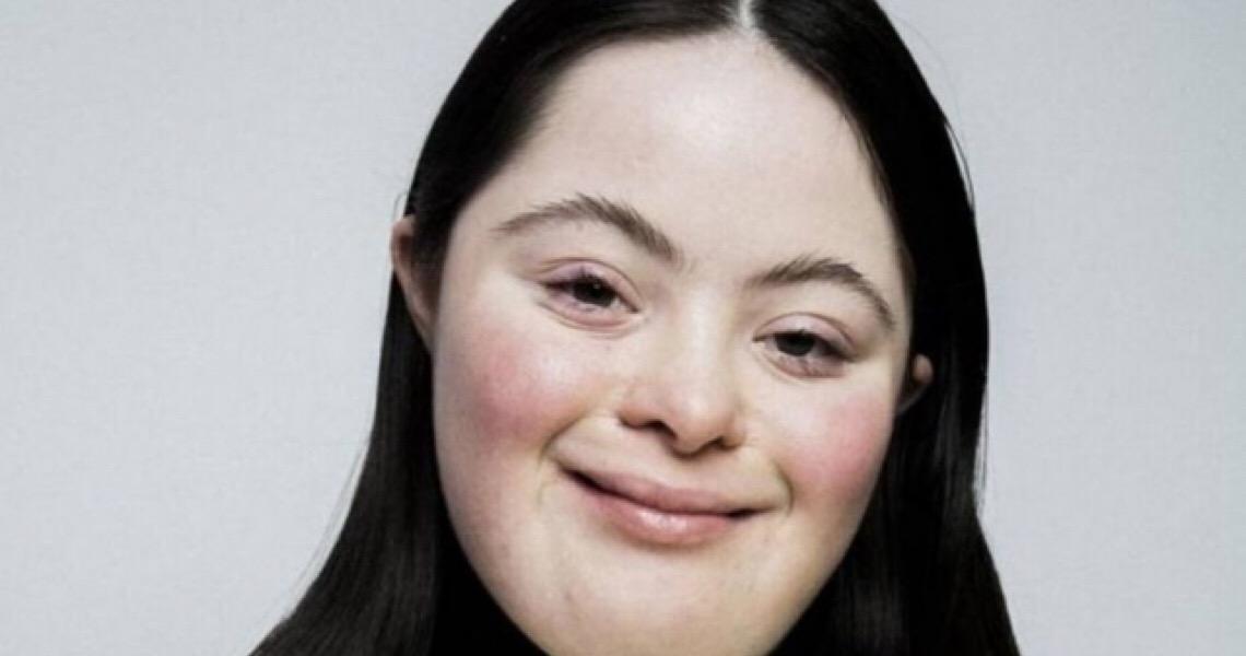 Gucci lança campanha estrelada por modelo com síndrome de Down