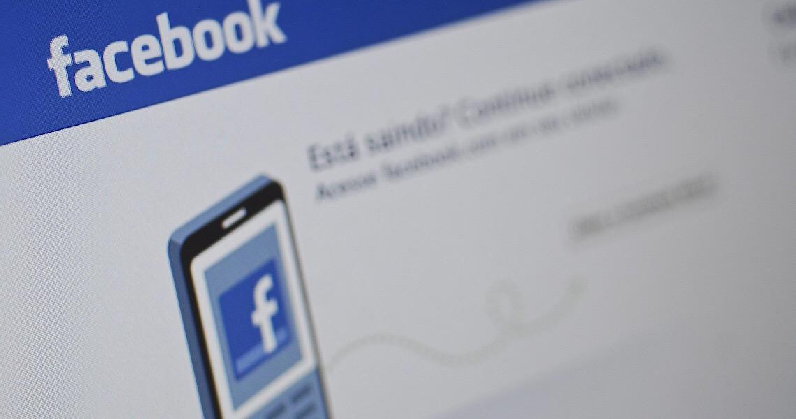 Facebook derruba perfis de fake news ligados ao PSL e à família Bolsonaro