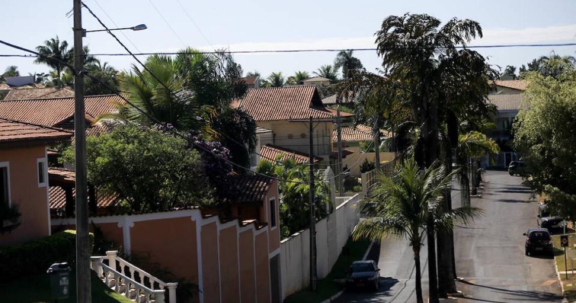 Polêmica: 182 moradores de condomínio contestam cobrança da Terracap