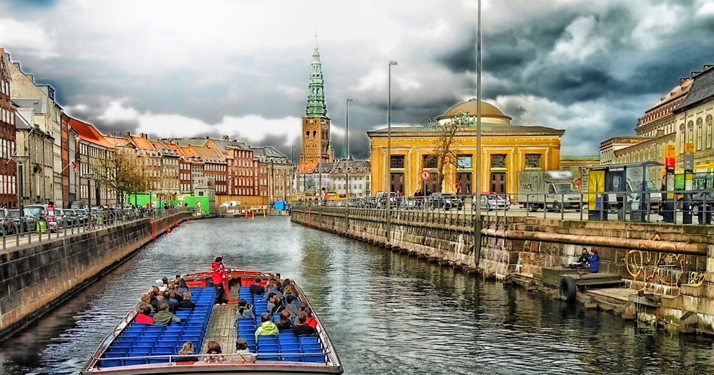 Dinamarca cria passaporte de Covid-19 negativo para população