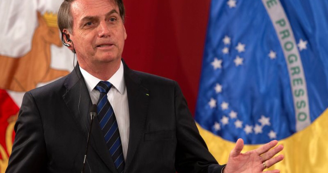'Se acabarem as fake news, acaba Jair Bolsonaro', diz especialista