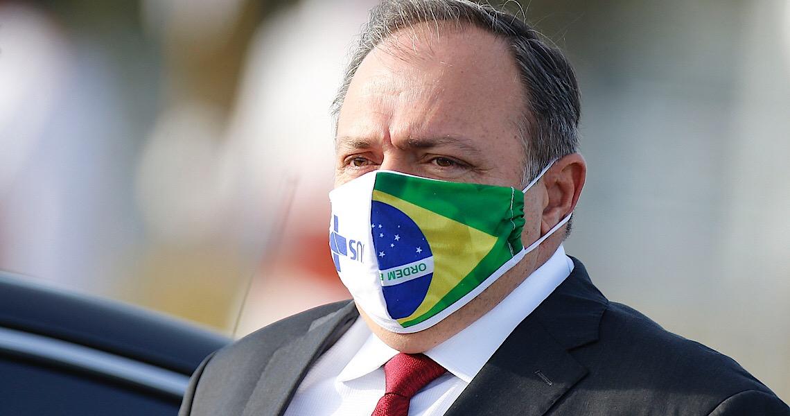 Pazuello foi avisado de que, sem lockdown, Brasil pode levar até dois anos para controlar pandemia