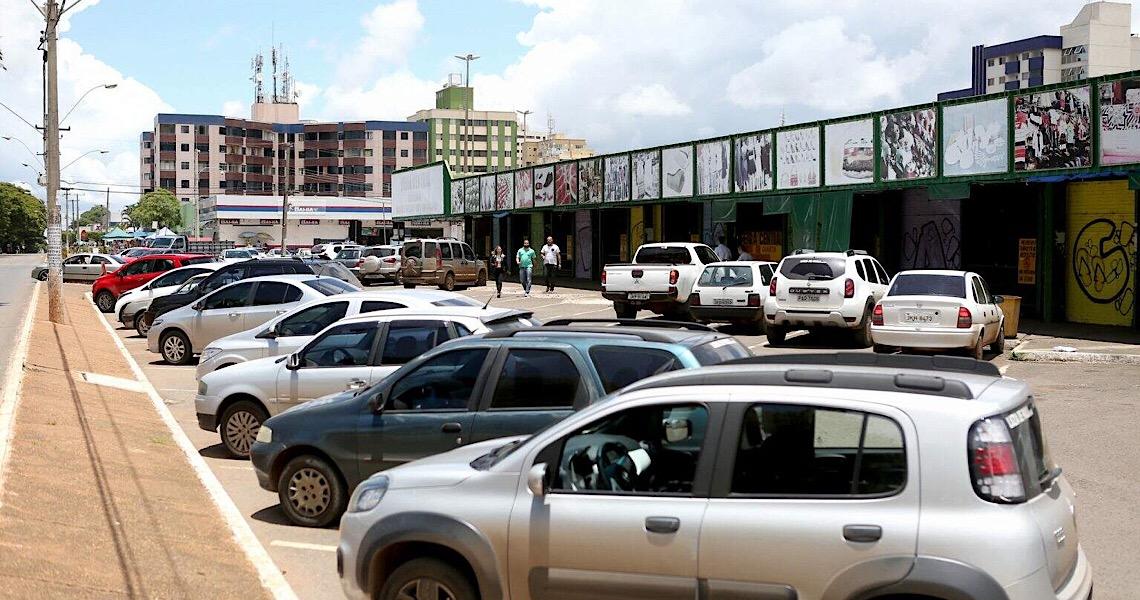 O estacionamento dos advogados em Brasília