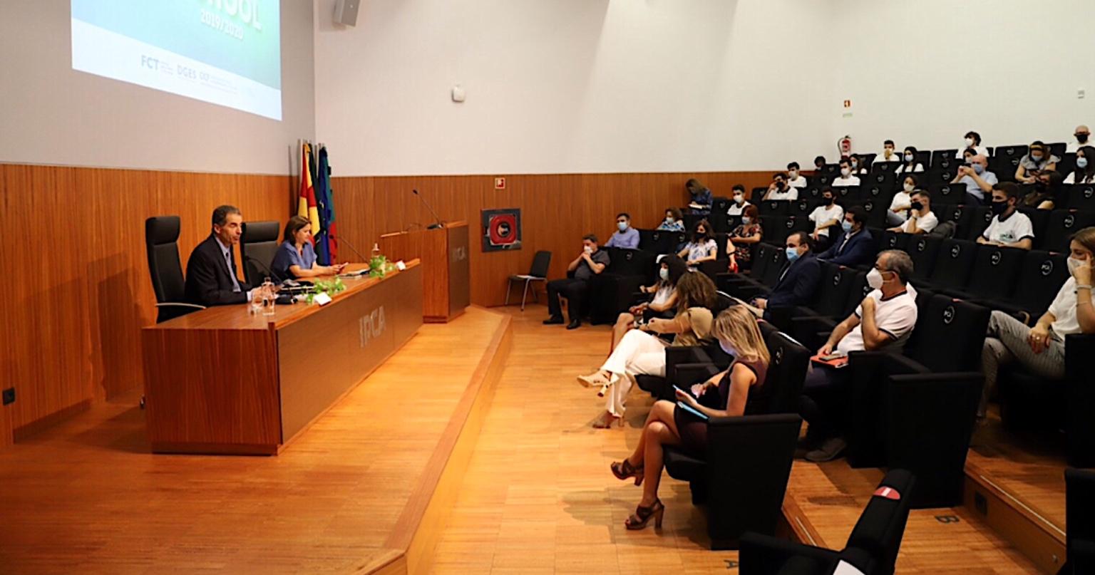Ensino Superior presencial em Portugal pode ser complementado com ensino à distância