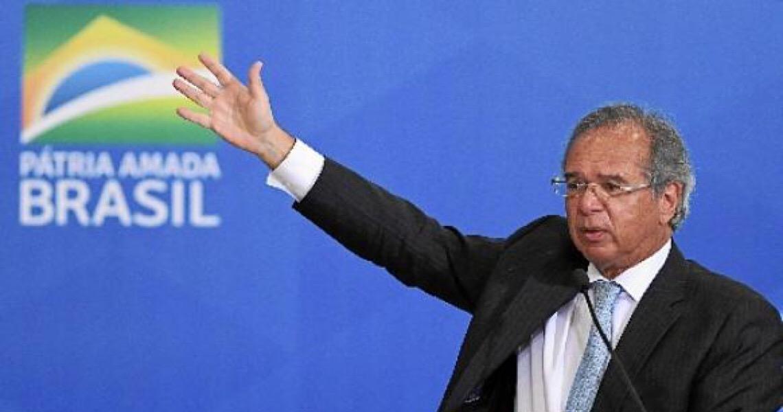 Associação dos Servidores da Justiça do DF cobra indenização de Paulo Guedes na Justiça