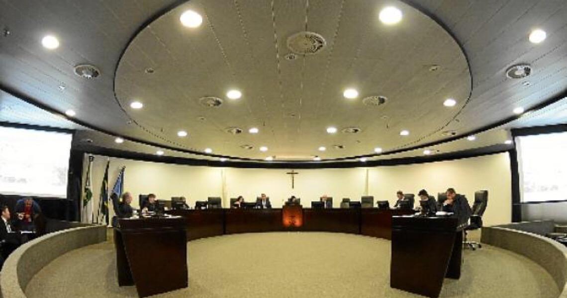 Dias Toffoli livra Ibaneis de dar explicações ao MP de Contas do Distrito Federal