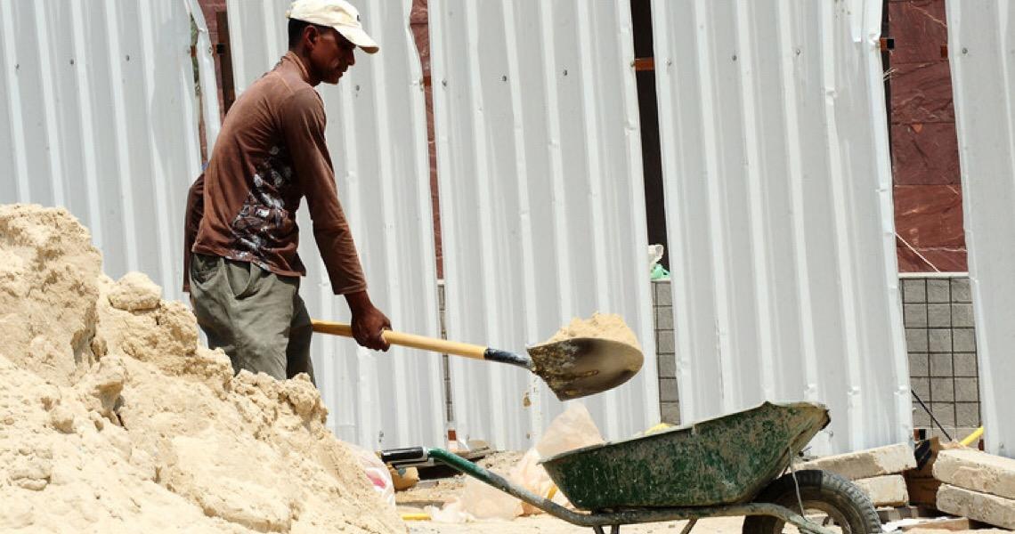 Em vídeo, ator Wagner Moura pede ajuda da mídia contra trabalho forçado