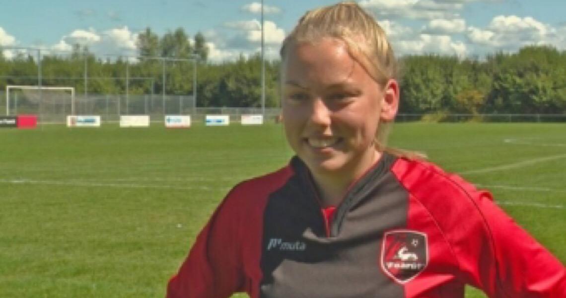 Jogadora holandesa ganha permissão da federação para atuar em time masculino