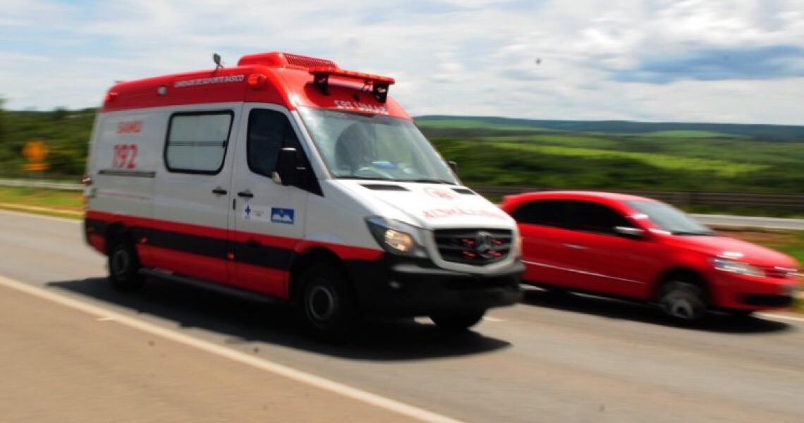 Ajude a salvar vidas no DF dando passagem a veículos de emergência