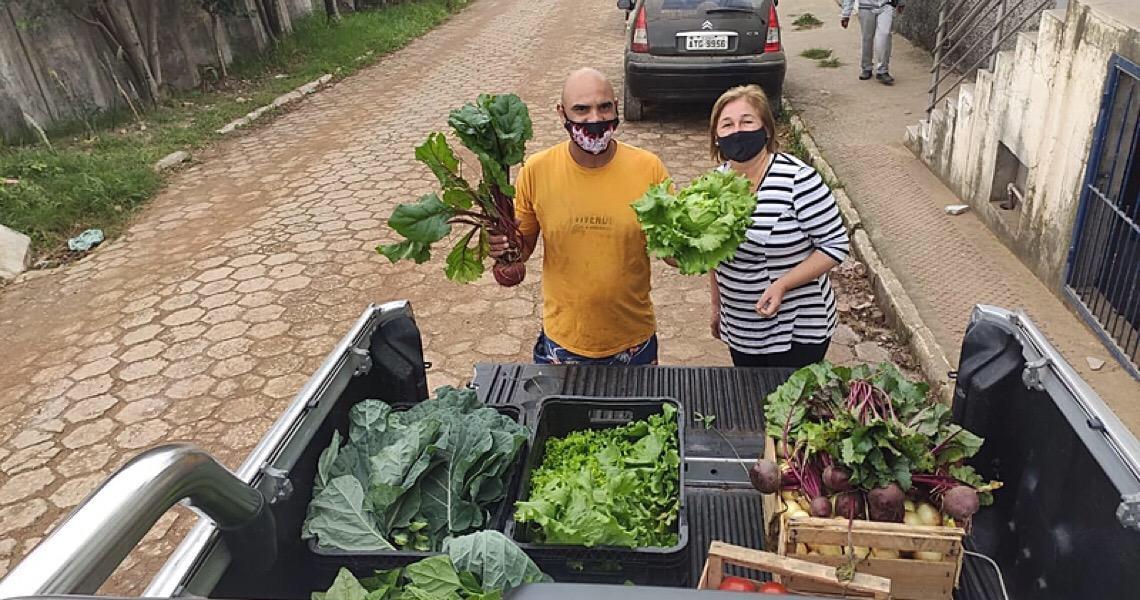 Mutirão do Bem Viver compra de agricultores e doa para populações vulnerabilizadas