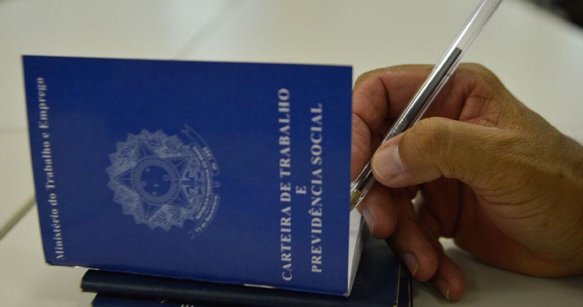 Brasil cria 131 mil postos formais de trabalho em julho