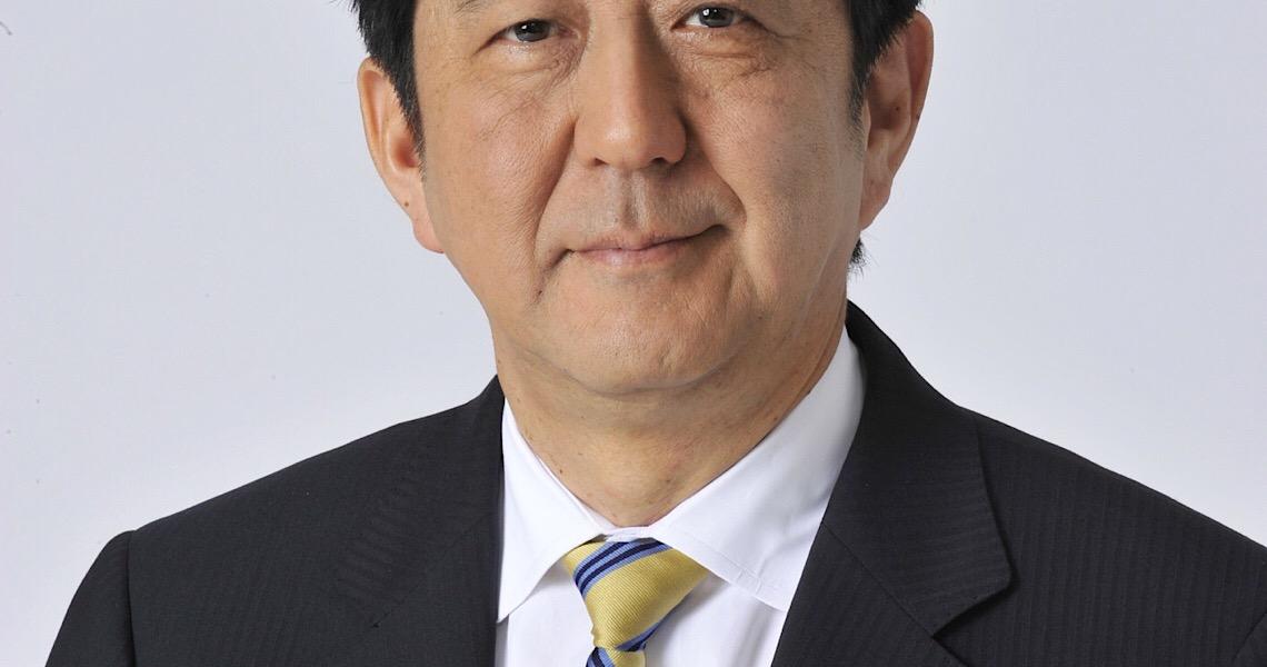 Primeiro-ministro mais longevo da história do Japão, Shinzo Abe renuncia ao cargo