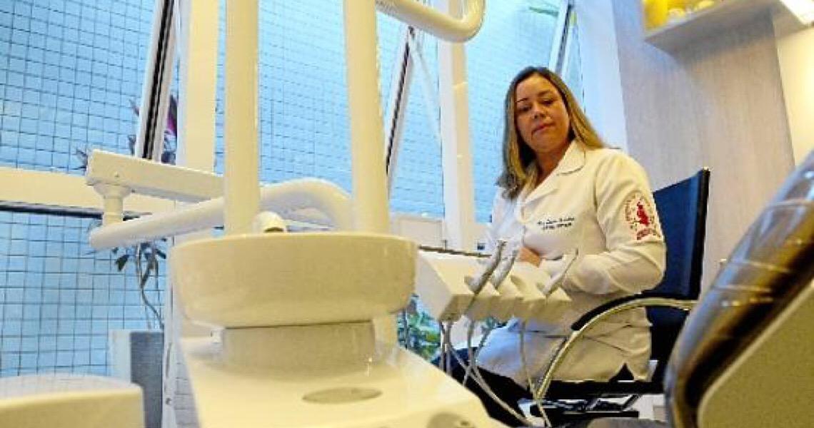 Dentistas e a nova rotina. Segurança comprovada