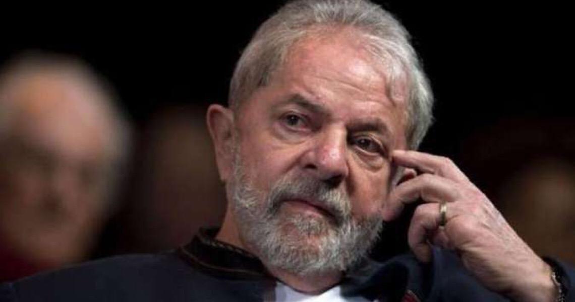 Jornalista diz que Lula está gagá, segundo um ex-ministro do PT, mas pode estar bebendo demais