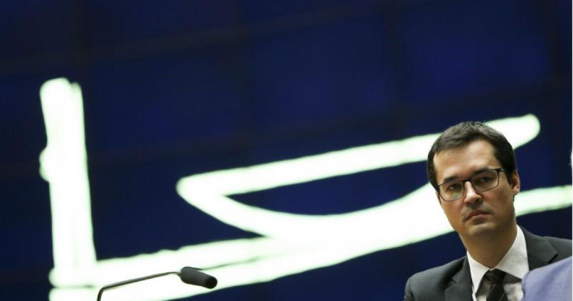 CNMP manda recado que procurador não pode fazer campanha política